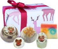 Bomb Cosmetics - Gift Pack - Gift set of body care cosmetics - Rudolph Nose Best