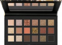 Catrice - Bold Gold - Pressed Pigment Palette - Palette of 18 eye pigments