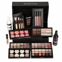MAKEUP REVOLUTION - 12 DAYS OF CHRISTMAS CASE SET