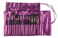Delfa - Set of 16 Makeup Brushes in Case (VIOLET)