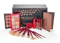 MAKEUP REVOLUTION - YOU ARE THE REVOLUTION - A set of cosmetics and makeup accessories