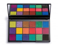 MAKEUP REVOLUTION - TAMMI X REVOLUTION - Tropical Carnival Shadow Palette - 18-eyeshadow palette