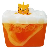 Bomb Cosmetics - Purrfect - Glycerine soap with the scent of mandarins and oranges - MIAU